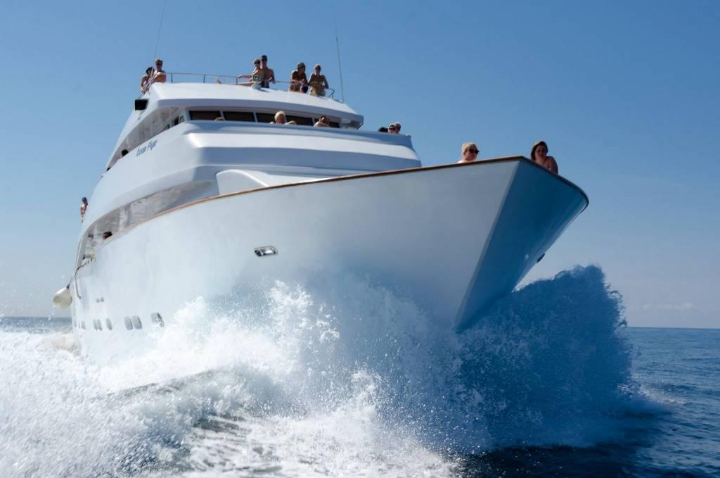 pafos_sea_cruises